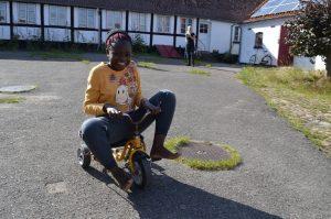 Vyonne på cykel